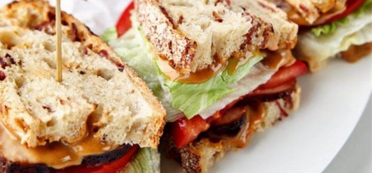 Σπιτικά Club sandwich