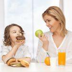 Ο τρόπος διαπαιδαγώγησης του γονέα επηρεάζει το σωματικό βάρος του παιδιού