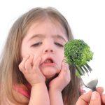 Τι πρέπει να κάνω όταν το παιδί μου δεν τρώει κάποια φαγητά;