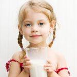 Πόσο απαραίτητο είναι το γάλα στη διατροφή του παιδιού;