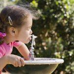 Η σημασία της σωστής ενυδάτωσης για τα παιδιά