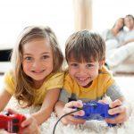 """Κανόνες για την Έκθεση των Παιδιών στην """"Οθόνη"""""""