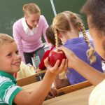 Οι εκπαιδευτικοί ως πρότυπα υγείας για τους μαθητές τους!